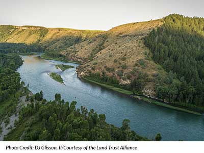 Landscape picture of river and hills in Idaho