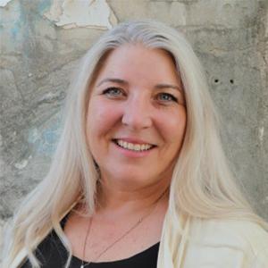 Heidi Khokhar Headshot