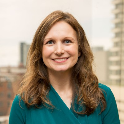 Barbara Neufeld Headshot