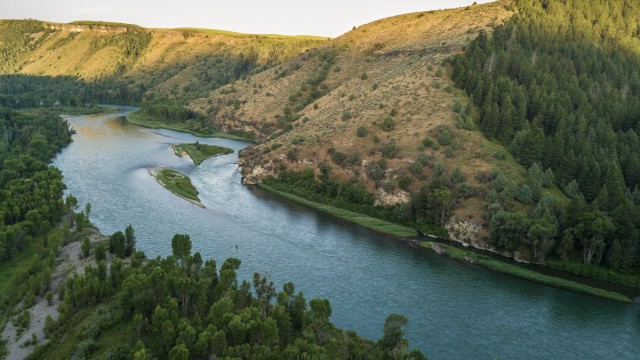 Land Trust Alliance picture of river and hills