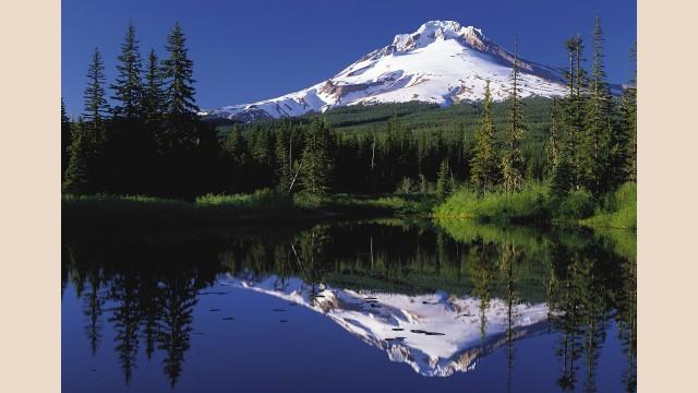 Reflection of MT Hood on a mirror-like lake